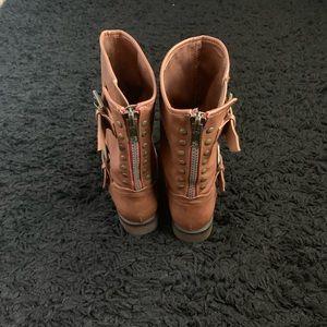 Tan Calve Boots